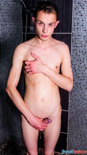 Rejoins moi sous la douche 4