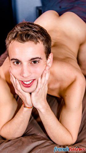 Gay Twink Porn Model Baptiste Garcia 17