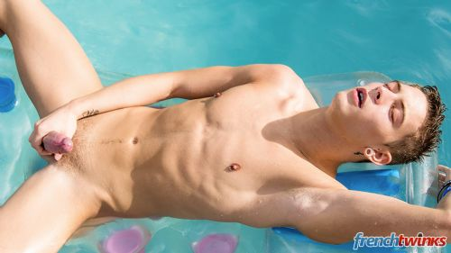 Gay Twink Porn Model Camille Kenzo 7