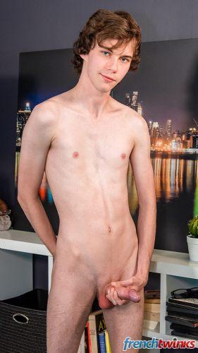 Acteur porno gay Clark Lewis 9