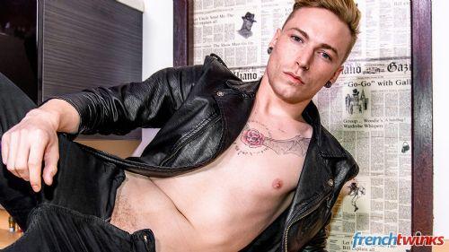 Gay Twink Porn Model Clément 3