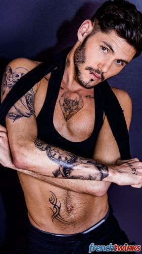 Acteur porno gay Edouard Kate 14