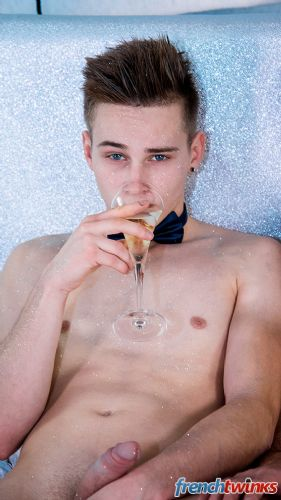 Gay Twink Porn Model Enzo Lemercier 29