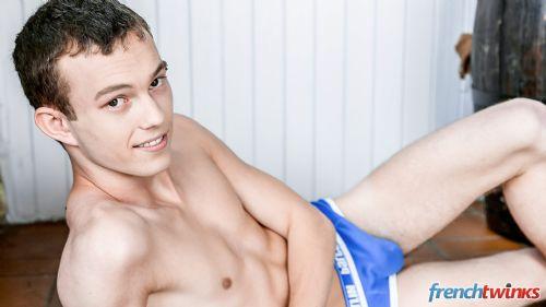 Acteur porno gay Enzo 5