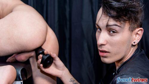 Gay Twink Porn Model Kevin Ventura 21
