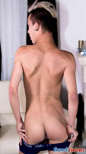 Gay Twink Porn Model Loic Miller 4
