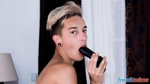 Acteur porno gay Loic Miller 25