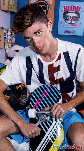 Acteur porno gay Mattéo Lavigne 5
