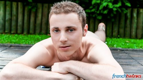 Gay Twink Porn Model Renaud 3