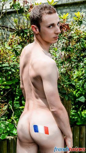 Gay Twink Porn Model Renaud 4