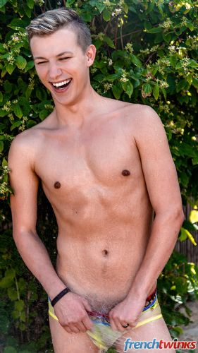 Gay Twink Porn Model Yoan Desanges 7