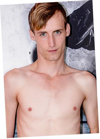 Gay Twink Porn Model Valentin Dixon